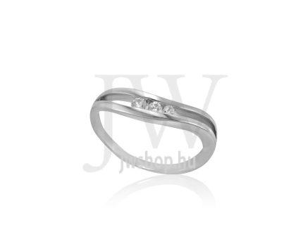 Fehér arany, köves gyűrű - 257