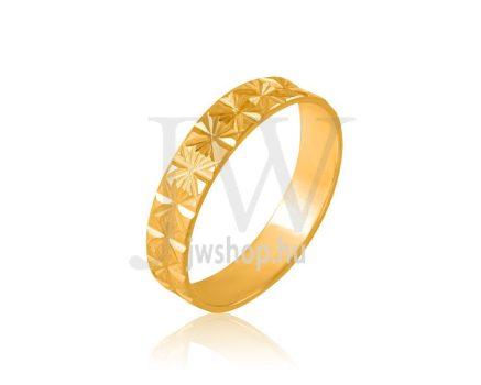 Arany karikagyűrű P326
