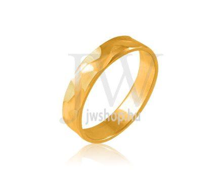 Arany karikagyűrű P378