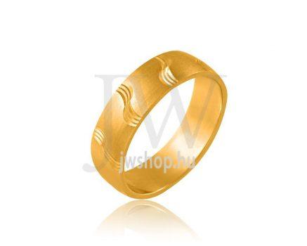 Arany karikagyűrű P672