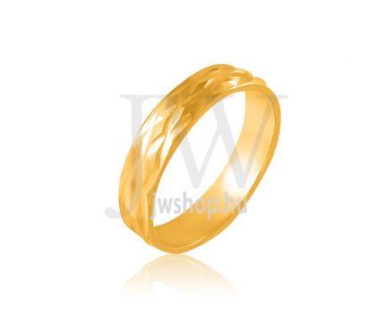 Arany karikagyűrű P92